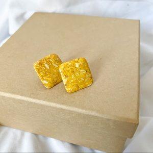 Vintage mustard square earrings